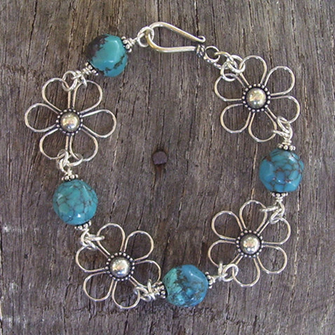 Daisy Flower Bracelet with Natural Turquoise Image