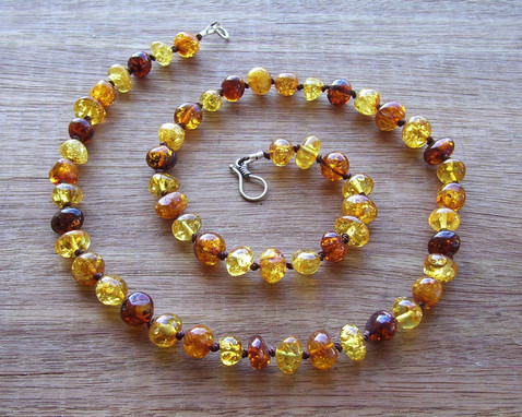 Ochre Adult Necklace Image
