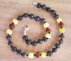 Jungle Mix - Baltic Amber Teething Necklace. Image